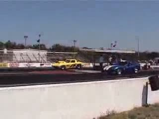 Classic Vette Drag Race Crash from:DotComd